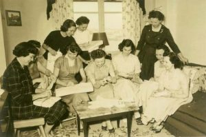 Prayer warriors at a private home in Madrid, 1954. These ladies, wives of American army officers, gave the first impulse for a Baptist church in Madrid.